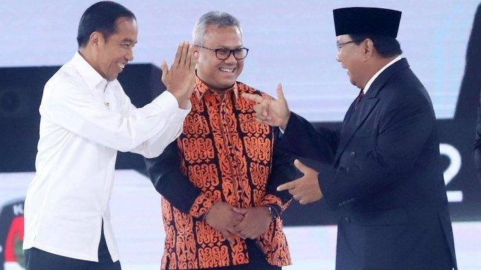 Tak Hanya Sekadar Menoleh, Ini Gelagat Jokowi Saat Prabowo Tegur Penonton Debat Capres