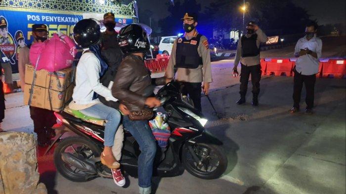 Nekat Pulang Kampung saat Ada Larangan Mudik dari Pemerintah, Siap-siap Kena Sanksi:Kendaraan Disita