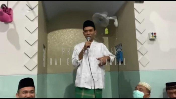Perdana usai Nikah, Ustaz Abdul Somad Ceramah di Musala Kampung Istri Tentang 7 Kemuliaan Alquran