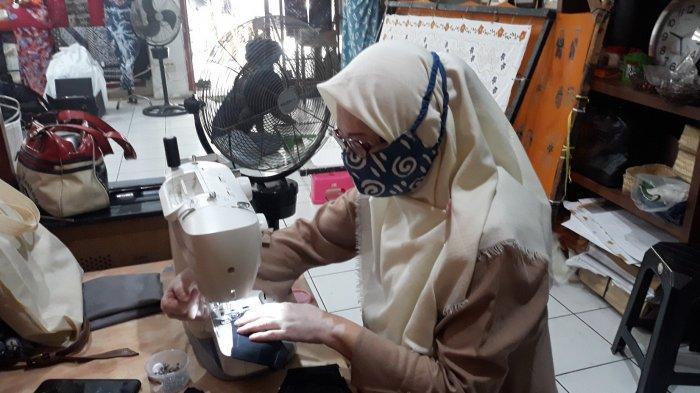 Ketika Teman Tuli Bertahan Hidup dari Membuat Masker Batik di Tengah Pandemi - contoh-masker-batik-tulis-2.jpg