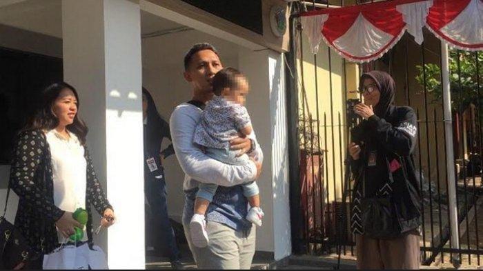 Tangis Nunung Berganti Senyum Bahagia Saat Bertemu dengan Sang Cucu