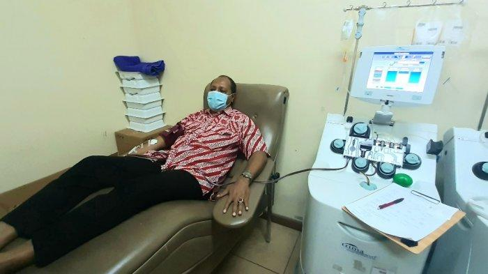 Sembuh Dari Covid-19, Pria Ini Sumbangkan Plasma Darahnya ke PMI DKI Jakarta