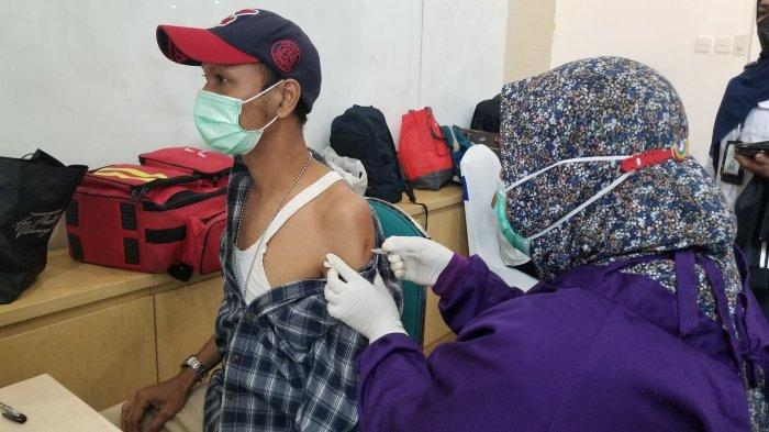 Belum Ada Sanksi Untuk Warga yang Enggan Vaksin, Wagub DKI: Kita Ingin Ada Kesadaran Seluruh Warga