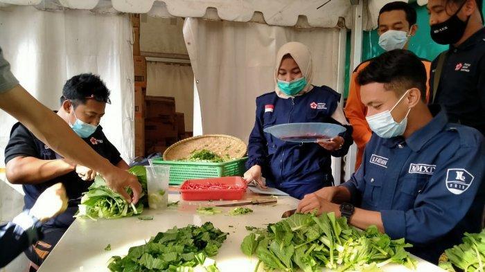 PMI Kota Tangerang Bangun Dapur Umum Untuk Korban Banjir, Simak Lokasinya