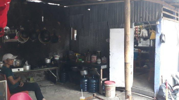 Menengok Deretan Warung Bolong di Kemang: Berkah Bangun Usaha di Samping Gemerlap Mal - dapur-warung-bolong.jpg