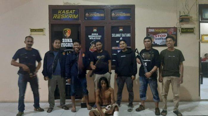 Darlis (40) ditangkap personel Unit Resmob Polres Luwu Utara, Sabtu (8/5/2021) malam.