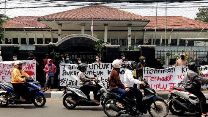 Aksi Demo Tolak Penggusuran Lahan Sengketa Pancoran Buntu di PN Jaksel Timbulkan Kemacetan