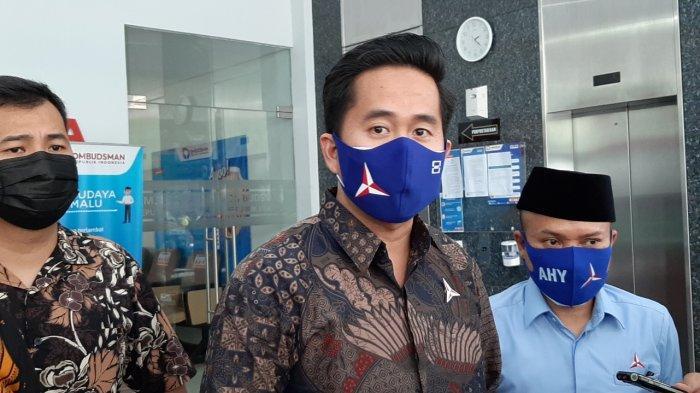 Sejumlah pengurus DPP Partai Demokrat kubu Ketua Umum Agus Harimurti Yudhoyono (AHY) mendatangi Kantor Ombudsman RI di Jalan Rasuna Said, Setiabudi, Jakarta Selatan, Selasa (23/3/2021).