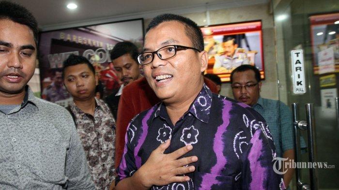 Hakim MK Bacakan Putusan Sengketa Pilpres, Tim Hukum 02 Denny Indrayana Malah Begini di Ruang Sidang