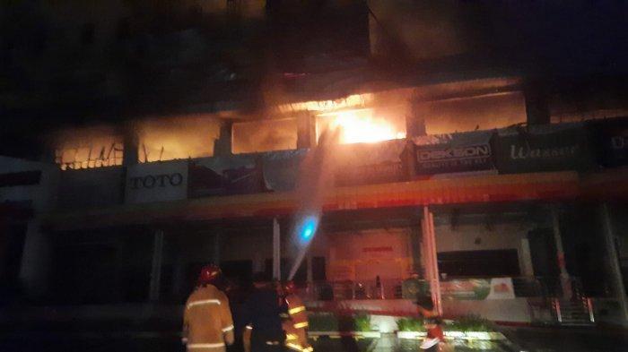 Depo Bangunan Juanda Bekasi Ludes Terbakar, Api Baru Padam Setelah 4 Jam Penanganan