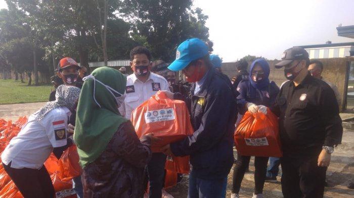 Bagikan Paket Sembako, BNN Ingatkan Warga Tak Coba Berbuat Kriminal Demi Dapat Uang