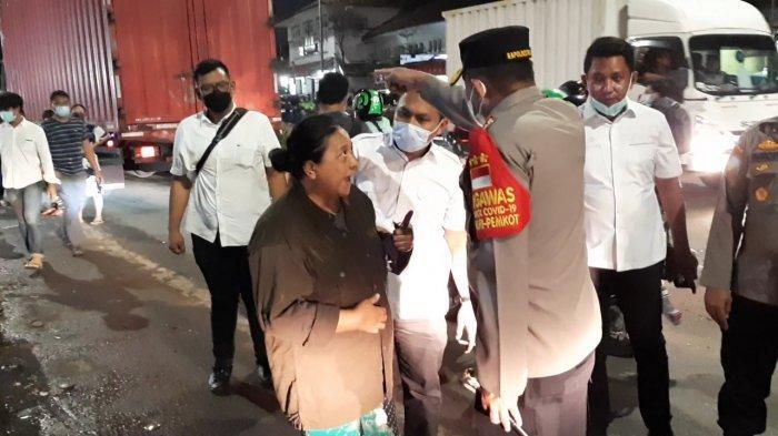 Kapolres Metro Jakarta Selatan Kombes Pol Azis Andriansyah di lokasi tawuran di Manggarai, Tebet, Jakarta Selatan, Senin (18/1/2021) malam.