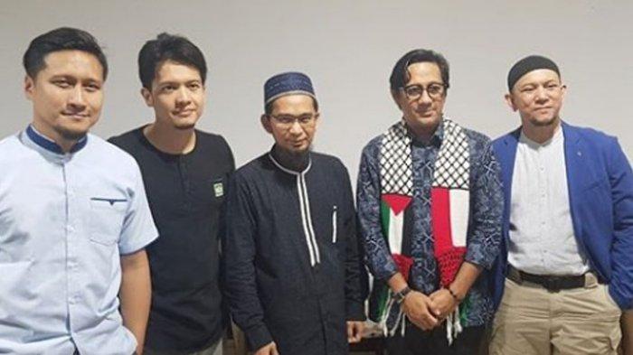 Andre Taulany Berdoa Bersama saat Temui Ustaz Adi Hidayat, Dimas Seto: Jangan Malu Akui Kesalahan