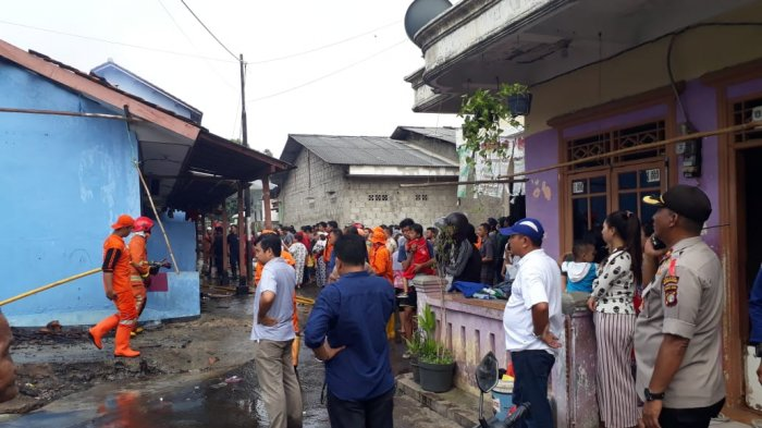 Diduga Lupa Matikan Kompor, Enam Kontrakan di Meruya Selatan Ludes Terbakar