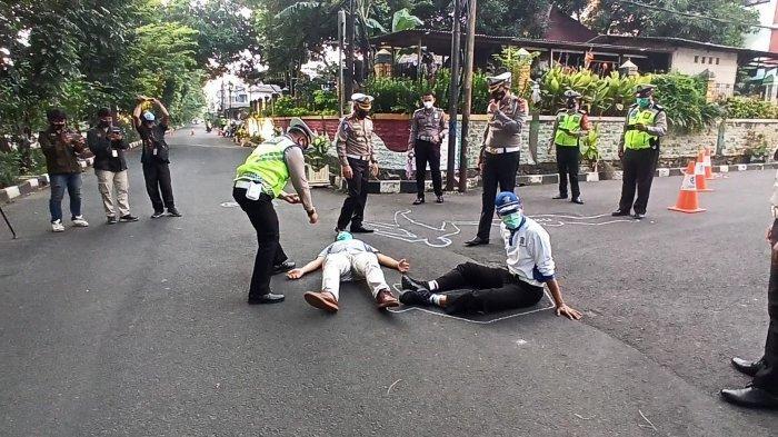 Ditlantas Polda Metro Jaya Olah TKP ke-3 di Lokasi Mercy Tabrak Satu Keluarga di Kelapa Gading