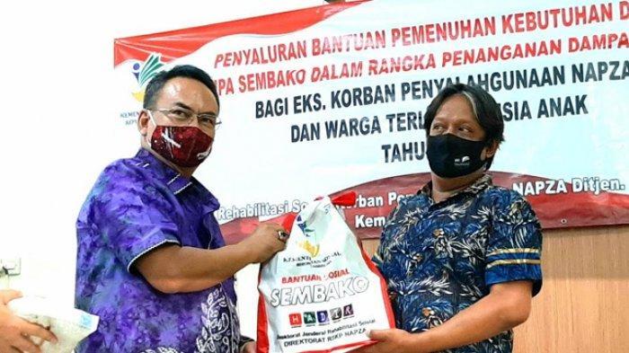 Kemensos RI Salurkan Bansos kepada Eks Rehabilitasi Napza di Jakarta Pusat