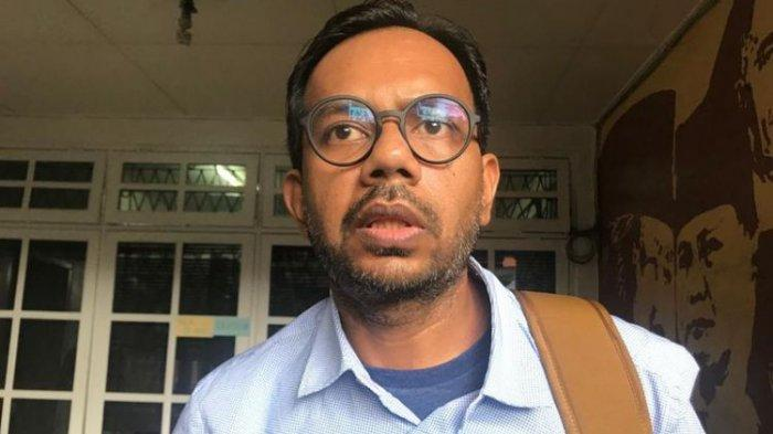 Pangdam Copot Baliho Habib Rizieq, Haris Azhar Singgung Masa Lalu: TNI Ikut dalam Kehidupan Sosial