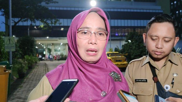 Dirut RSUD Kota Depok Devi Maryori dijumpai wartawan di RSUD Kota Depok, Sawangan, Selasa (3/3/2020).