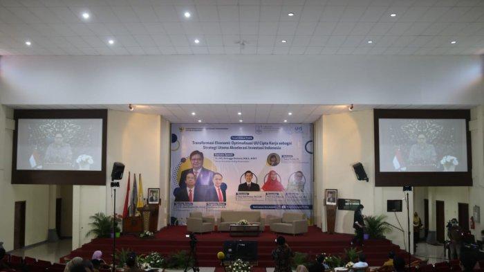 Diskusi di UNS, Menko Airlangga: Investasi Percepat Pemulihan Ekonomi