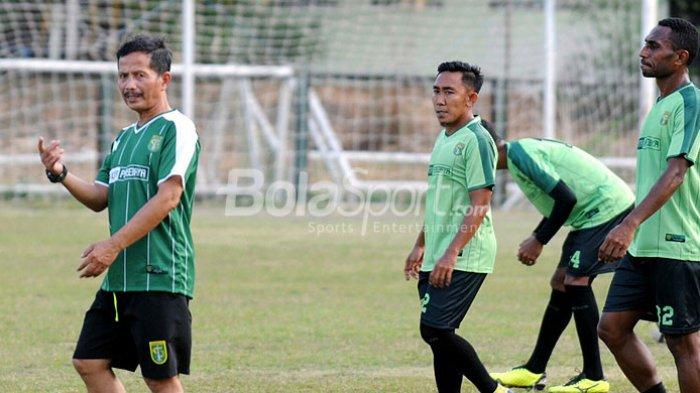 Persebaya Surabaya Lepas Coach Djanur, Ini Penjelasan Manajer Tim