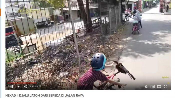 Anak Bungsunya Jatuh saat Bersepeda di Jalan Raya, Irfan Hakim Sampai Khawatir Begini