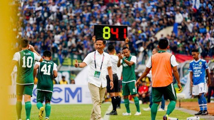 Pesan Terakhir Djanur Eks Pelatih Persib Setelah Didepak Persebaya: Semangat Hadapi Arema FC