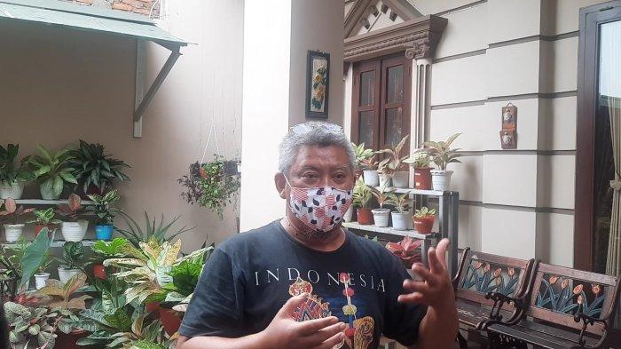 Dody Sutriadi saat dijumpai di kediamannya, Jalan Mawar Indah, Perumahan Harapan Indah, Kecamatan Medan Satria, Kota Bekasi, (12/9/2021).