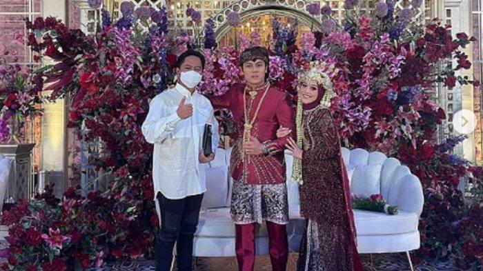 Doni Salmanan saat datang ke pernikahan Rizky Billar dan Lesti Kejora.