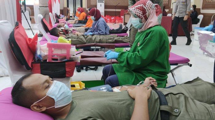 Bantu Kebutuhan Stok PMI, Ratusan Personel Korbrimob Polri Donorkan Darah hingga Plasma Konvalesen