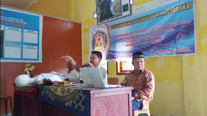 Pengabdian Dosen FIS UNP Melaui Pemberdayaan dan Pembinaan Kehidupan Keagamaan di Pesisir Selatan