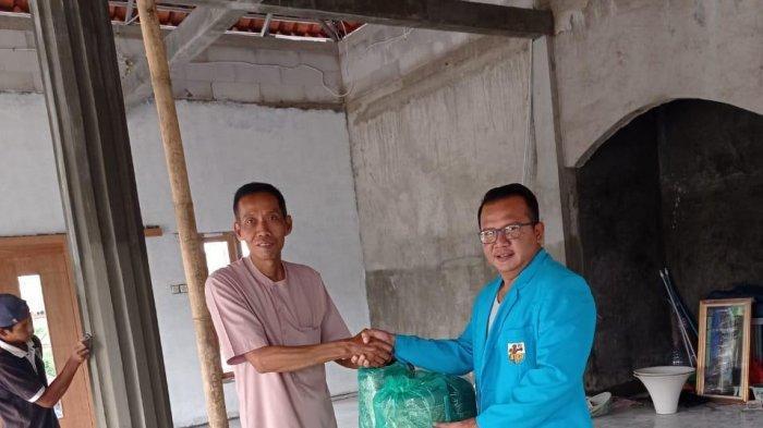DPP KNPI Beri Bantuan untuk Musala di Kabupaten Tangerang