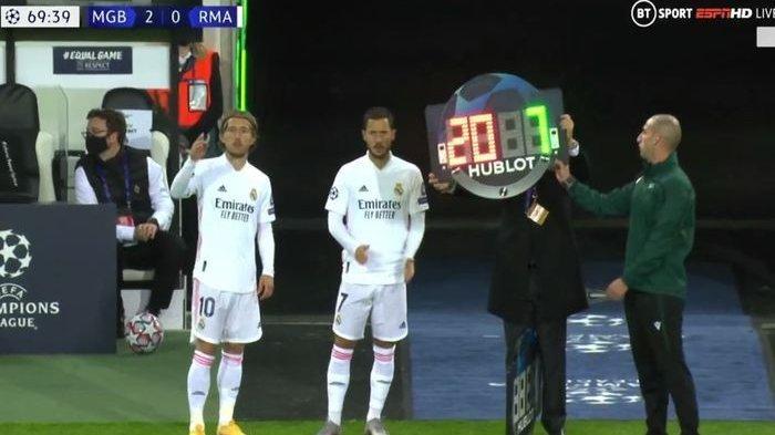 2 Pemain Real Madrid Eden Hazard dan Luka Modric masuk ke lapangan
