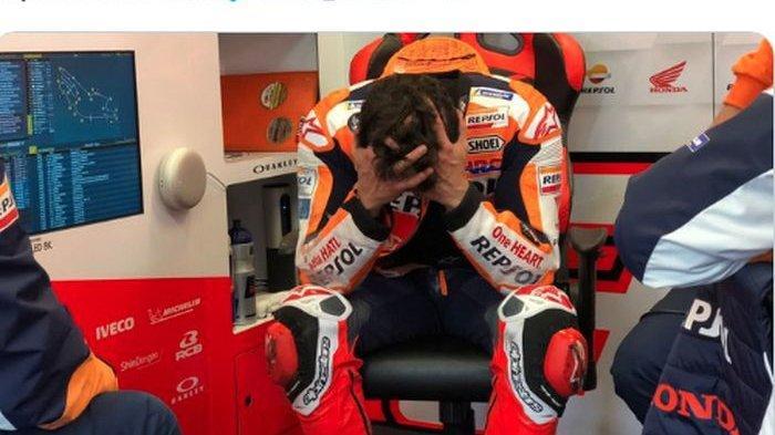 Pembalap Repsol Honda, Marc Marquez, kecewa karena gagal finis saat balapan seri kelima MotoGP Prancis 2021, Minggu (16/5/2021).