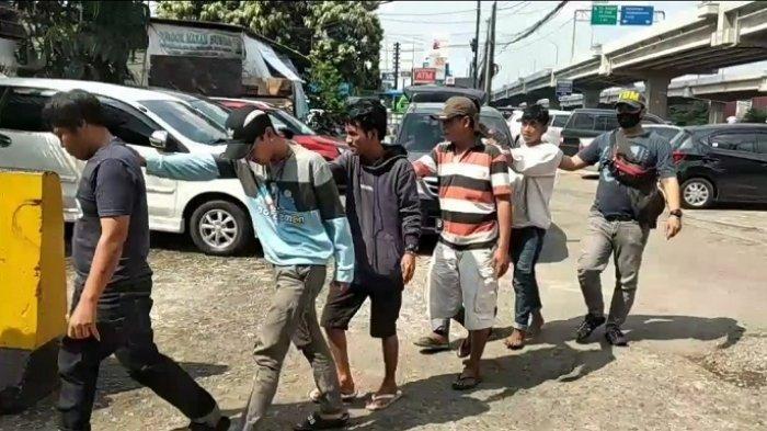 Diduga Melakukan Pungli, Enam Orang Preman di Duren Sawit Diamankan Polisi