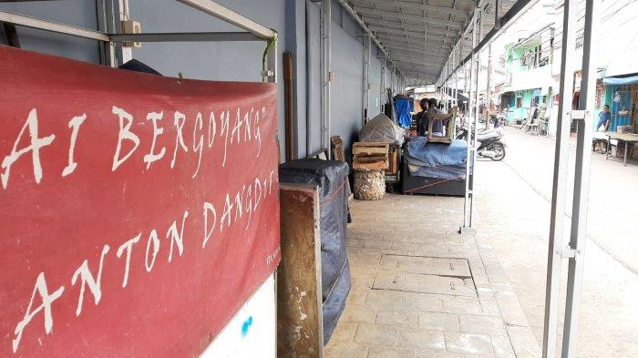 Enam pedagang Pasar Ciplak di RW 04 Kelurahan Karet Kuningan, Setiabudi, Jakarta Selatan, terpapar Covid-19.