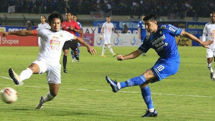 Esteban Vizcarra dalam laga Persib Bandung vs PSS Sleman di Stadion Si Jalak Harupat, Minggu (15/3/2020). Tuan rumah menang 2-1.