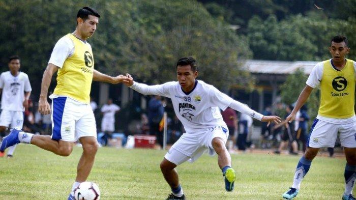 Kondisi Fisik Esteban Vizcarra Terus Meningkat Jelang Persib Bandung Vs Arema FC