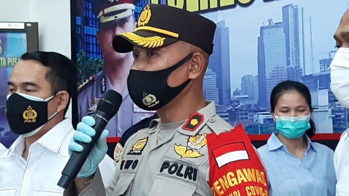 Kapolsek Senen Komisaris Polisi Ewo Samono, saar merilis kasus mesum di Polres Metro Jakarta Pusat, Senin (25/1/2021).