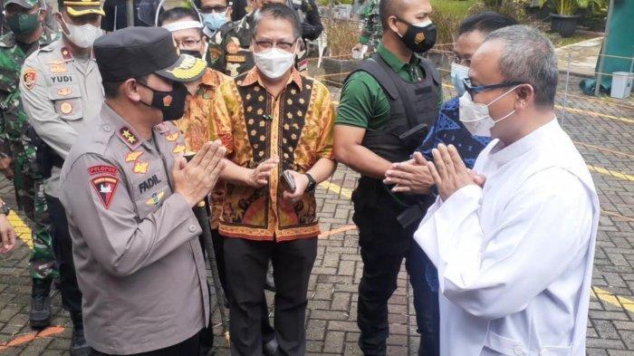 Kapolda Metro Jaya Tinjau Pengamanan Perayaan Paskah di Santo Laurensus Serpong Utara