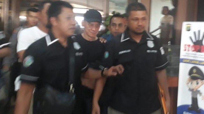 Polisi Boyong Musikus Fariz RM ke Balai Besar Rehabilitasi BNN di Lido