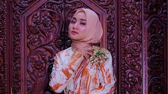 Pakai Alat Pernafasan Karena Terpapar Covid-19, Kondisi Fatin Shidqia Lubis Dibeberkan Arafah