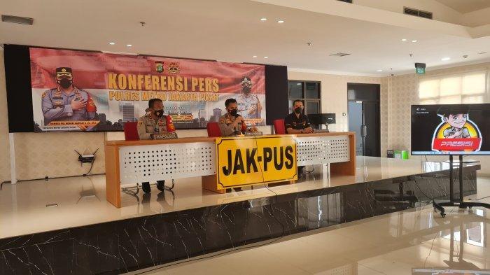 Suasana konferensi pers kasus kriminal dan penyalahgunaan Narkotika oleh unit reskrim Polsek Senen di Mapolres Jakarta Pusat pada Rabu (13/10/2021).