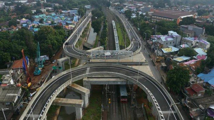 Berharap Tak Ada Lagi Kemacetan, Anies Akui Fly Over Tapal Kuda Minim Marka dan Rambu Lalu Lintas