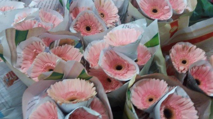 Harga Bunga di Pasar Rawa Belong Jelang Hari Valentine Alami Kenaikan