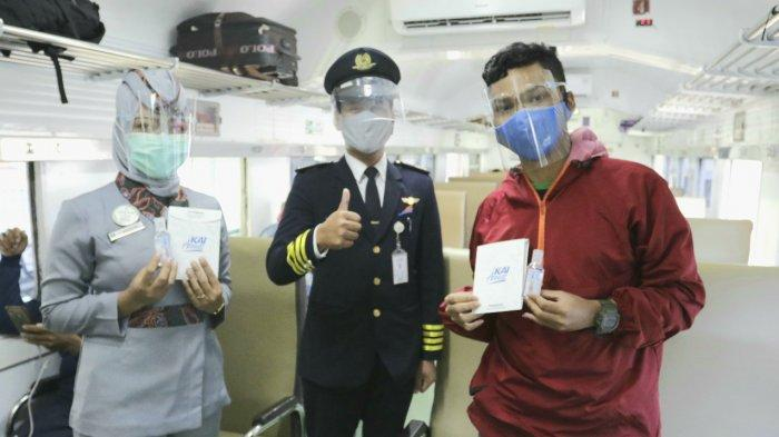 HUT Ke-75 PT KAI, Penumpang Dapat Masker dan Hand Sanitizer Gratis