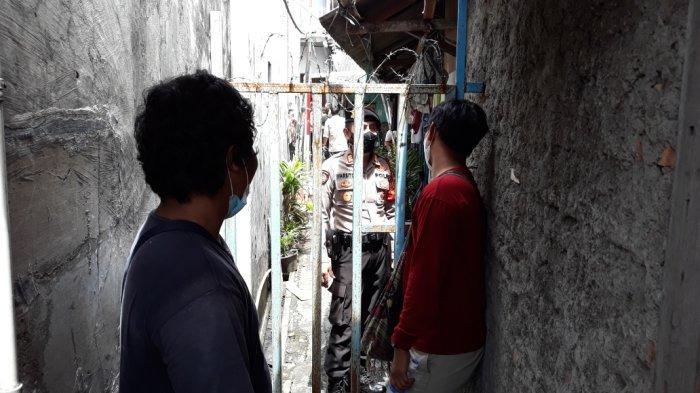 Gang lokasi kebakaran di Jalan Pisangan Baru III, Matraman, Jakarta Timur, Kamis (25/3/2021).
