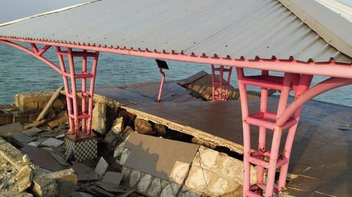 Gazebo Jembatan Cinta Pulau Tidung Rusak, Dibangun Kembali Tahun Depan