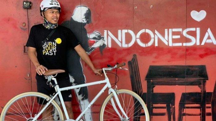 Libur Latihan, Gelandang Persija Jakarta Ini Rutin Gowes di Kota Kembang