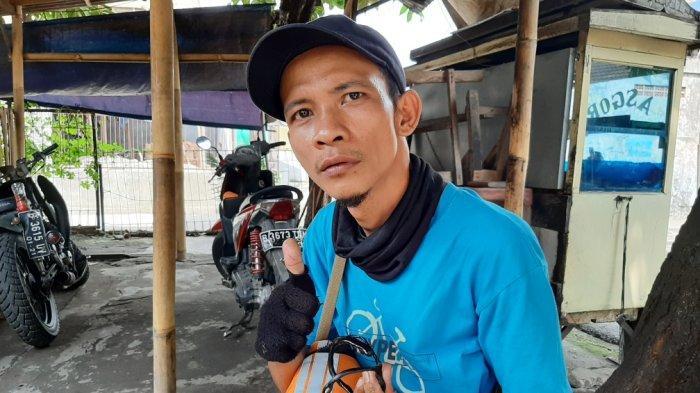 Kisah Hendri PPSU Lubang Buaya Hasilkan Jutaan Rupiah Jualang Gelang Akar Bahar, Lekat dengan Mistis