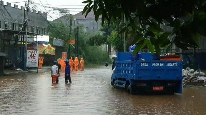 Banyak Daerah Berkontur Cekung, Kadis Sumber Daya Air Tak Yakin Banjir Bisa Surut Kurang dari 6 Jam